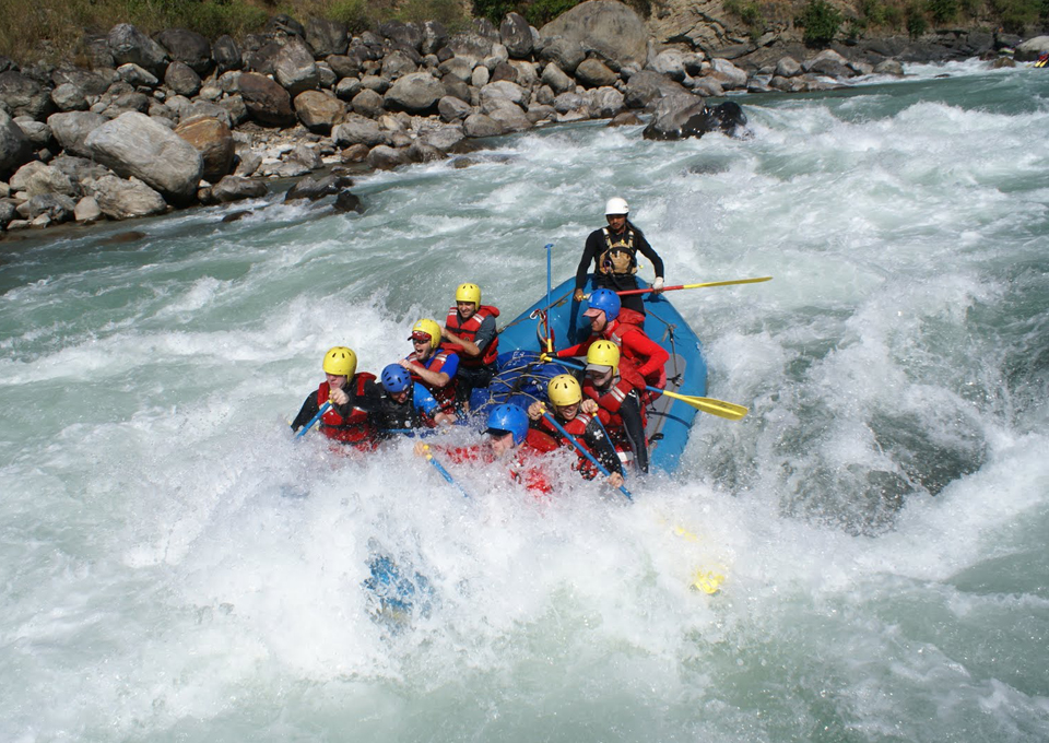 rafting_ibex
